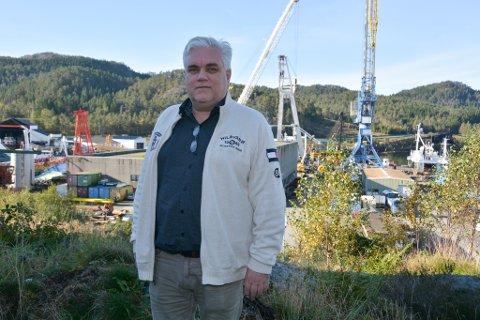 Styreleiar Georg Eide har hatt tøffe dagar etter at han måtte gå den tunge vegen til skifteretten med Eide Marine Services. No håpar han å få til ny drift i ei eller anna form.