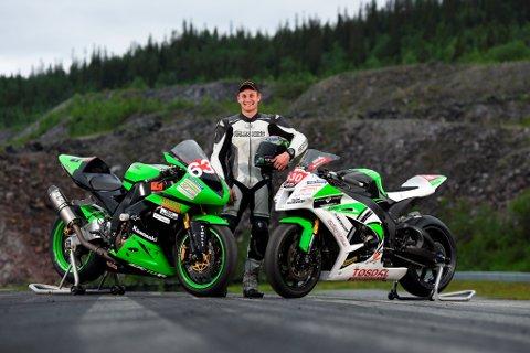 Marius Ripel Jensen har eit stort ønskje om å få prøva seg i Superbike-klassen i NM denne helga. Han fekk avslag på dispensasjonssøknaden til Norsk Motorsportforbund, men får støtte av roadracing-miljøet som no har starta underskriftskampanje. (Foto: Picman.co.uk).