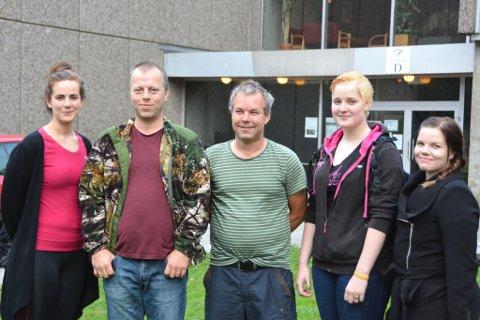 Nav sitt OMA-tilbod, Oppfølging Mot Arbeid, er godt motteke. Frå venstre: Carina Jakobsen (tilsett), Thomas Sejrup, Kurt Petterson, Silje Nilsen og Silje Hjelmeland Olsen (tilsett).