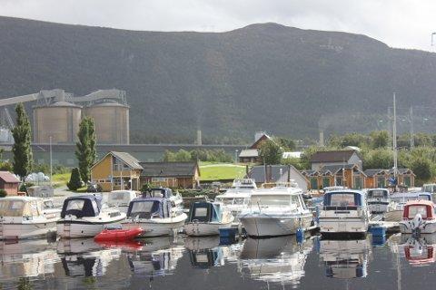 Båthamna på Husnes er blant dei båthamnene som slepp unna eigedomsskatt. (Foto: Arne Lindeflaten).
