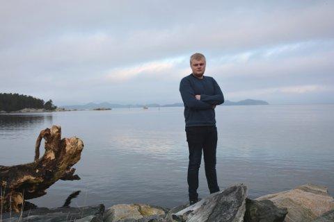Tobias Broks har alltid likt å vera på sjøen. No er han lærling på brønnbåten «Seihav».
