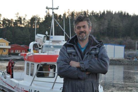 Willy Ommer er ein av Halsnøy-fiskarane som nyleg har investert. I desember kjøpte han ein ny 33 fot lang sjark. (Arkivfoto).