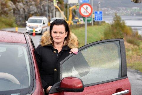 LITT FOR RASKT: Malin Ommer synest bompengeinnføringa for elbilar kjem litt for raskt. Truleg skjer endringa tidleg på nyåret, om kommunestyret vil.