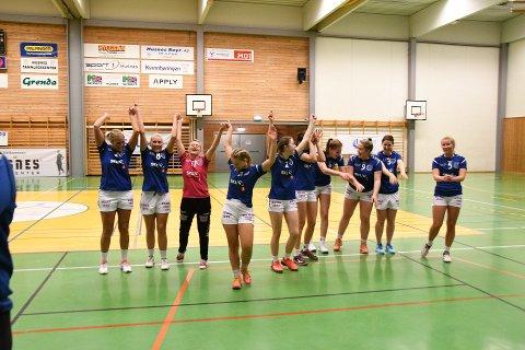 Arkivfoto av Kvinnherad handballklubb sitt damelag, der dei vann 25-17 mot Tertnes på heimebane.
