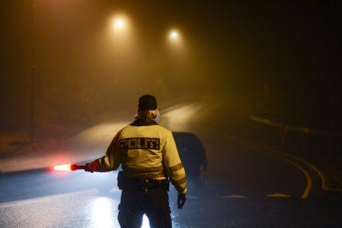 Ein mann blei stoppa av UP i Dimmelsvik seint onsdag kveld. (Arkivfoto).