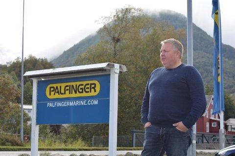 At olja fekk seg ein knekk i 2014, kan ein sjå har gått hardt utover Palfinger Marine Safety. Men dagleg leiar Alf Eidsvik (bilde) jobbar med å snu tala.