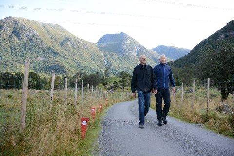 Slik hugsar nok mange Lars Røysland (t.v.), i fint driv gjennom naturen. Her avfotografert saman med Kåre Eik i 2015 (Arkivfoto).