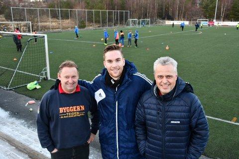 Rune Åsheim Mo (i midten) skal spela for Stord ut sesongen. (Arkivfoto).