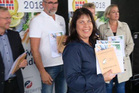 Ei stolt Marit Hjønnevåg tok fredag imot både gull og sølv.