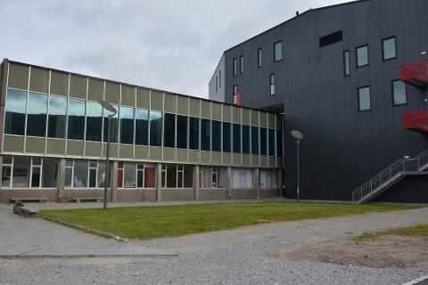 Tjuveriet skal ha skjedd i gamledelen av Kulturhuset, opplyser politiet, som ber om hjelp for å oppklara tjuveriet. (Arkivfoto).