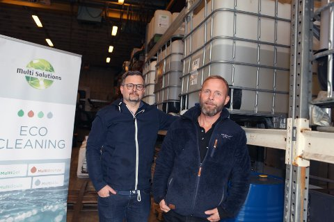 TRAVLE: Atle Falk og Egil Fallmyr er to svært travle karar. Det siste året har aktiviteten og omsetninga tredobla seg i selskapet. – Godt utførte jobbar over tid betalar seg, forsikrar leiarduoen i Multi Solutions.