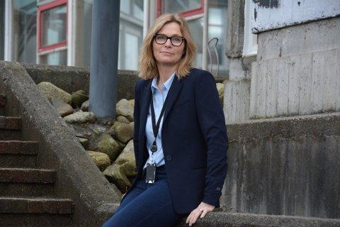 Kommunedirektør Ragnhild Bjerkvik tek strame grep i organisasjonen for å prøva å avgrensa korona-spreiing.