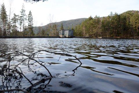 Lagnaden til Bjørkedalsdammen er framleis ikkje avklara. (Arkivfoto).