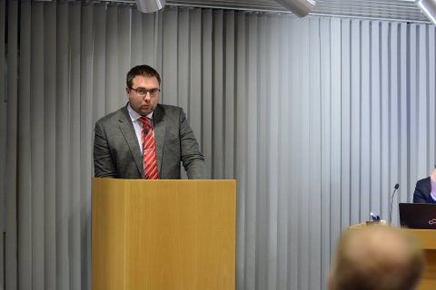 Leiaren i Kvinnherad Venstre, Kent Are Kjørsvik Petterson, ynskjer at kvinnheringane skal gå til folkeavrøysting om vindkraft i Kvinnherad. (Arkivfoto).