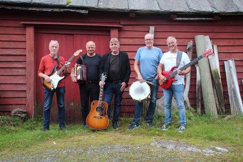 Denne veka reiser Humming Beez heilt til Finnmark for å spela konsertar. (Foto: Kristina Lie Sundal).