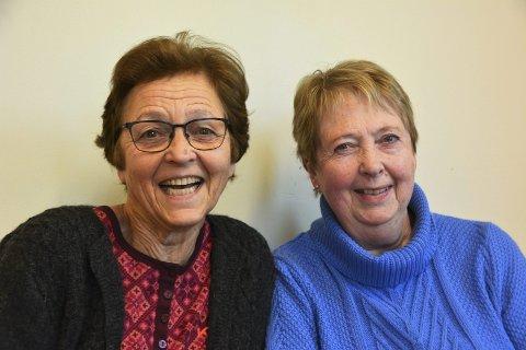 FORVENTNINGSGLEDE: Elna Marie Fludal (t.v.)  og Marit Elise Kallevik er fulle av forventningar til den nye vekstsesongen og aktivitetar i hagelaget.