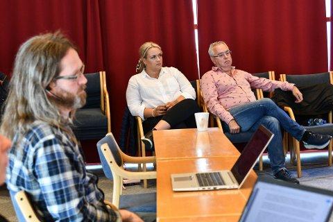 Kontrollutvalet drøfta måndag kor vidt dei skal behandla konflikten mellom Gaute Lund (t.v.) og Ove Lemicka.