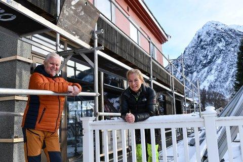 Åge og Eva Sørensen ser fram til opning av Gjøa i Rosendal.