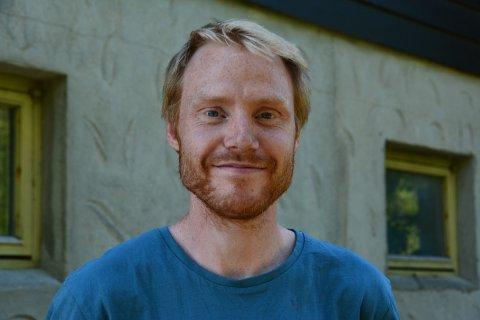 RÅD: Lærar og lokal spreking, Johannes Heien (33), har gode råd til unge som går gjennom ein tøff periode. (Arkivfoto)