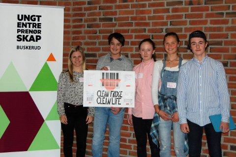Gruppa Foodscan fra Tislegård ungdomsskole: Anine Thoresen, Emil Ingebrigtsen, Amalie Tresland Løver, Guro Sandvin Groven og Paul David Merry.