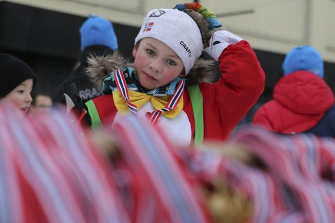 Medaljer: På barneskirennet var alle vinnere. Alle som deltok fikk selvfølgelig medalje for innsatsen.