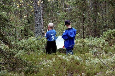 Historisk grunn: Turen Otterstadsborgen – Skinnesfjellet går i terrenget ovenfor Hvittingfoss. foto: May Britt Helgerud