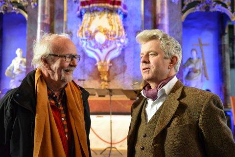 FANT TONEN:  Arve Fretheim (t.v.) og Knut Nærum har møtt hverandre mange ganger under Kongsberg Krim. Nå ser de fram til torsdagens forestilling i Kongsberg kirke.