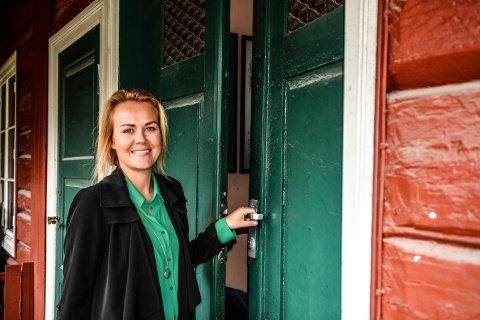 SLUTTER I ROLLAG: Linda J. Gurvin håper på en god erstatter i jobber som kulturkonsulent i Rollag kommune.
