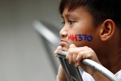 Malaysia Airlines rute 370 forsvant for snart fire år siden. Dette bildet er fra minnesermonien to år etter at flyet ble borte.