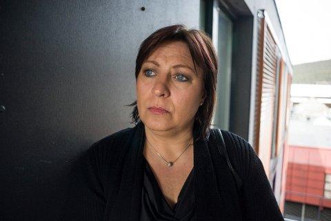 HAR ØDELAGT MYE: Wannadis Reidun Odden (44) ble mobbet gjennom hele skolegangen i Flesberg. Nå har hun endelig greid å ta opp igjen fagene hun gikk glipp av for å kunne ta en ordentlig utdanning.