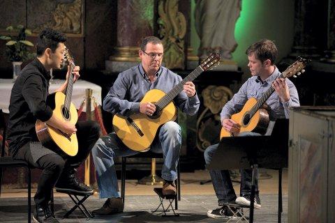 GITARISTER: Geir Grønnestad (t.v.), Anders Nilsson og Jan Frode Stevy deltok på lærerkonserter for et par år siden.