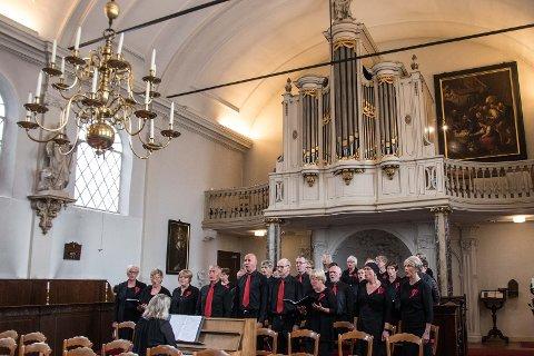 Blandakoret synger i den katolske kirken