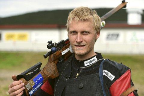 REKORD: Kim-André Aannestad Lund skjøt 350 poeng på hjemmebane og tok tilbake banerekorden.