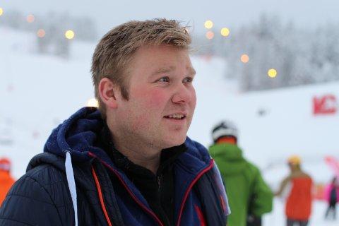 Snø skaper folk: Snøen trekker felre folk til bakken  På bildet: Halvor Jamtveit