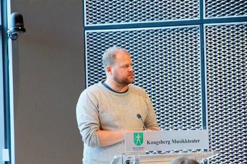 KONSEKVENSER: Bjørn Flo Knudsen (V) er bekymret for konsekvenser hva angår kommunens attraktivitet som arbeidsplass.