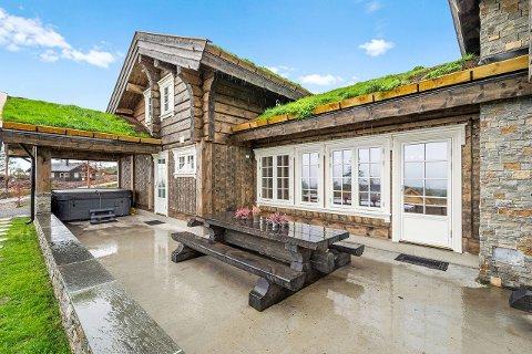 Denne hytta i nærheten av Blestølen er solgt for rekordpris på Blefjell.