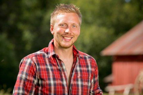 POPULÆR: Kjetil Nørstebø (28) fikk 100 meldinger fra damer i alle aldre i går. FOTO: TV2