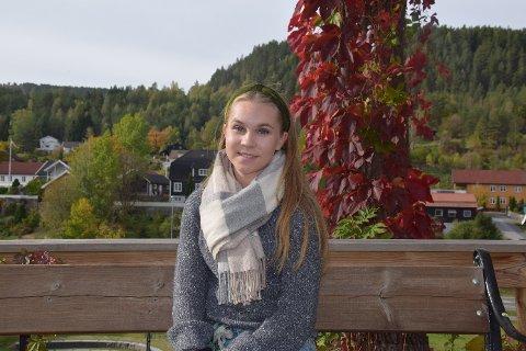 Heidi Johanna Pernu (18) danser cheerdance for Sirens i Drammen