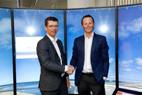NYTT SELSKAP: Konsernsjef Geir Håøy i Kongsberg Gruppen sammen med Thomas Wilhelmsen, konsernsjef i Wilhelmsen.