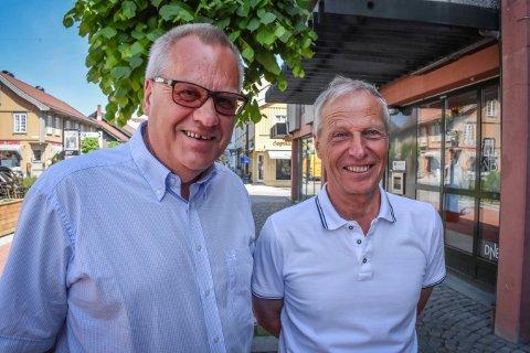 Fredag var Vidar Grønli, leder for foreningen, og Willy Eide, ildsjel og initiativtaker til prosjektet.