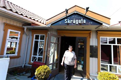 Skrågata pusses opp og bytter navn til Trattoria Madre. Anne-Karin Sandtner har planer om å åpne restauranten til høsten.