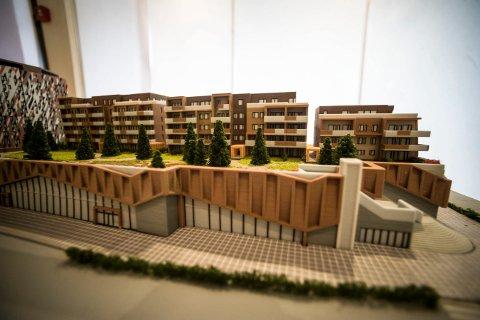 MODELL: Sølvparken består av leiligheter og med butikklokaler under leilighetene.