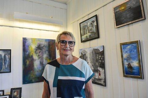 NY LEDER: Solfrid Konningen Wessel er leder av Kongsberg malerklubb, som nå har utstilling.