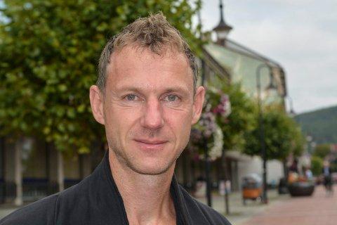 MÅNEDLIGE KULTURKVELDER: Matthias Anger setter opp ulike temaer i kirken gjennom høsten og vinteren.
