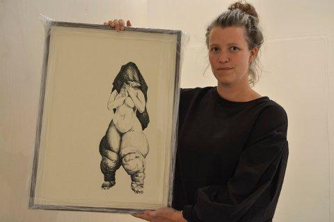 MYE KROPP: Identitet er et gjennomgående tema i Charlotte Rostads tegninger.