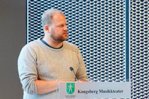 VIL BLI  ORDFØRER: Bjørn Flo Knudsen (V) er mangeårig helsepolitiker i Kongsberg. Nå vil han bli ordfører.