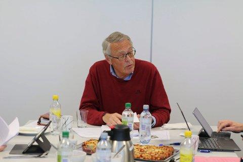 TEMPO: Styreleder i KKE, Kjell Gunnar Hoff forteller at sittende styre setter i gang prosessen med å finne ny direktør. Det skjer mye samtidig i foretaket. Nytt styre skal velges 10. august.