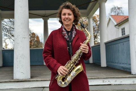 LEDER: Kongsberg Byorkester er 100 år i år. Kjersti Søli er leder i jubileumsåret. Hun ble med i korpset da hun var 14 år.