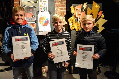 VINNERNE: Årets tre på topp i novellekonkurransen er Simen Sommerstad Røste (2. plass) (t.v.), Benjamin Bakke (1. plass) og Peter Svilaas (3. plass).