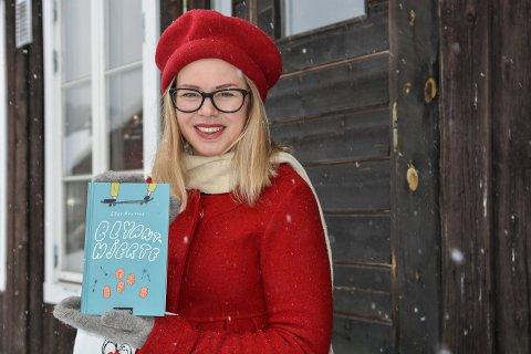 FORFATTER: Elin Hansson fra Kongsberg er aktuell med barne- og ungdomsromanen Blyanthjerte.